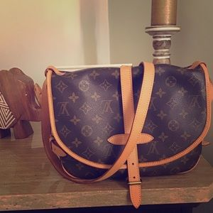 💯Louis Vuitton Saumur 30 crossbody shoulder bag